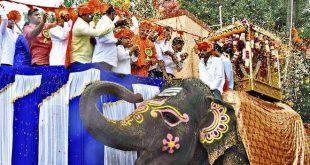 Grand Jamboo Savaris attract large numbers in Dharwad
